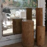carved-wooden-plinth